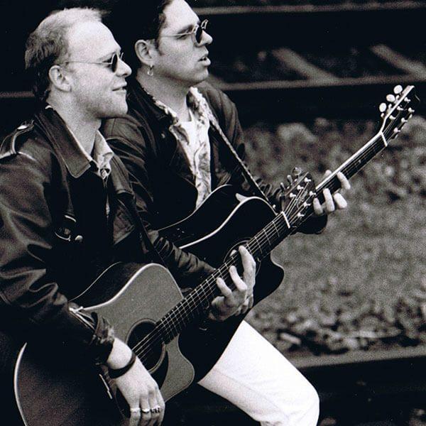 Acoustic-Twins